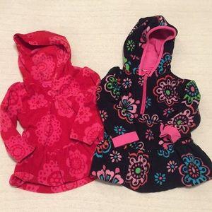 78589711e3387 Other - Set of 2 baby girl fleece hoodie sweaters